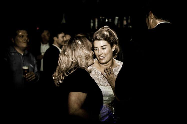 bruiloftsfeest P79 gemaakt door de beste bruidsfotograaf uit Den Bosch ('s-Hertogenbosch) en omgeving.